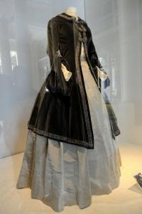 Maurizio Galante expose les tenues des divas italiennes à Paris