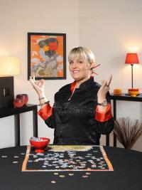 Hasbro s'associe àValérie Damidot pour un puzzle moderne et déco