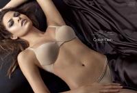 L'actrice Eva Mendes, nouvelle égérie de Calvin Klein Underwear