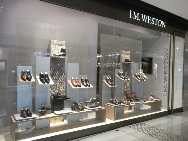 Cinq stylistes revisitent des modèles J.M. Weston