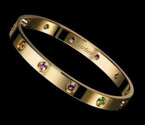 Le bracelet Love de Cartier, trop romantique !