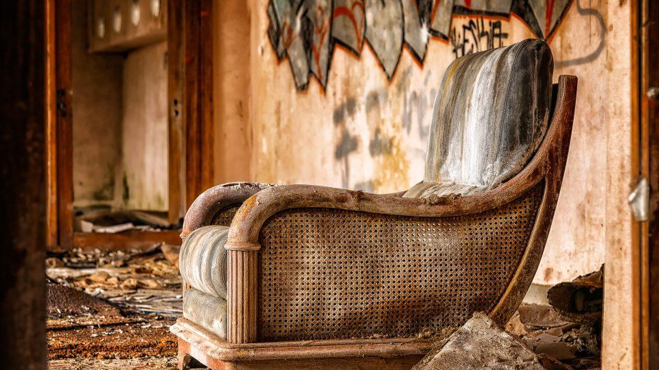 Relooker ses vieux sièges : le courrier de la décoration