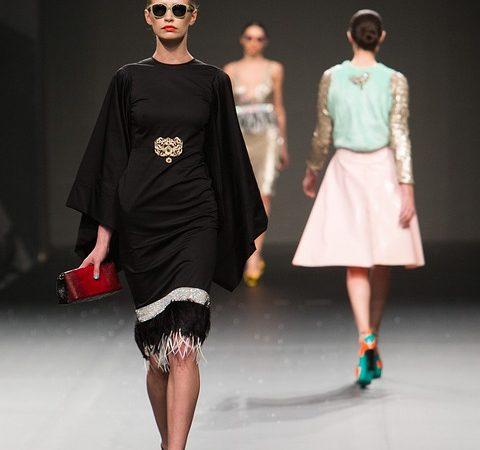 Collections de haute couture printemps/été 2009 : le calendrier provisoire des défilés