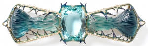 """""""Thistles"""" corsage ornement, René Lalique - V&A"""