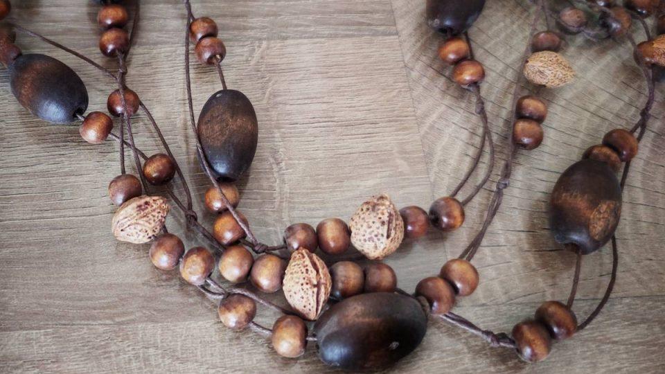 Comment expliquer le succès des accessoires de mode en bois ?